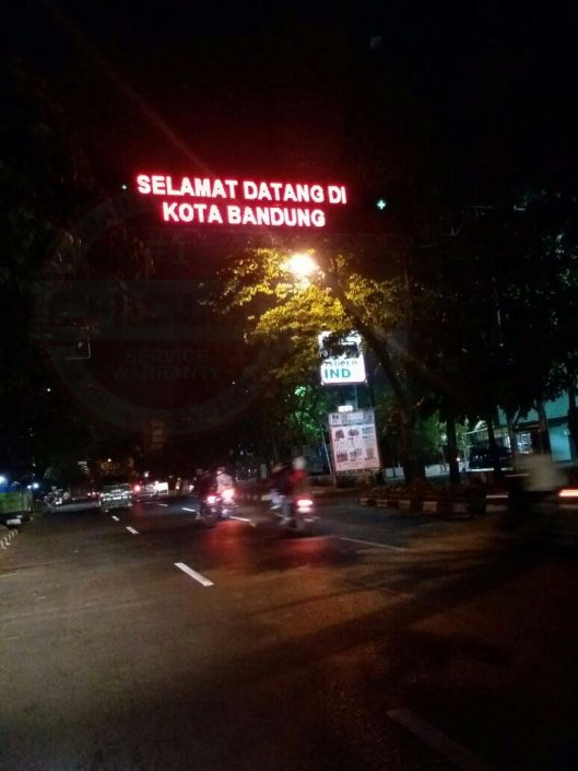 Running Text Bandung